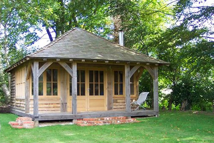 Oak framed summer house garden room for Oak framed garden room